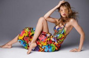 Ngắm Gigi Hadid dáng vóc hoàn hảo, chân dài miên man