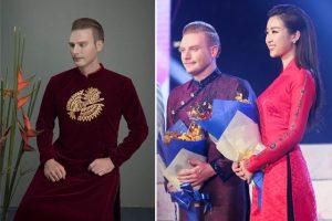 Ca sĩ Kyo York diện áo dài thêu bằng vàng trong đêm khai mạc Lễ hội Áo dài Việt Nam