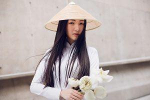 Nàng thơ xứ Huế Ngọc Trân – vẻ đẹp đầy ảo diệu khi diện áo dài trắng tại Hàn Quốc