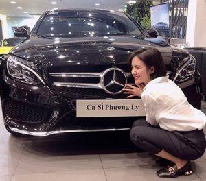 28 tuổi Phương Ly sở hữu xe sang đáng ghen tị
