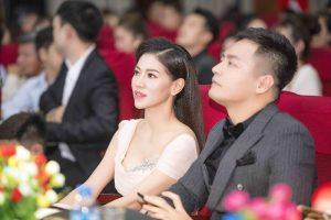 """MC Phan Anh, MC Anh Tuấn và """"bà trùm hoa hậu"""" chấm thi Hoa khôi Học viện Báo chí"""