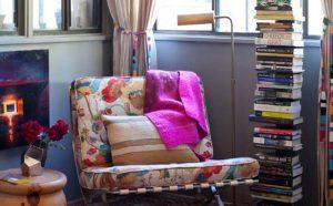 6 cách sáng tạo trang trí phòng với sách