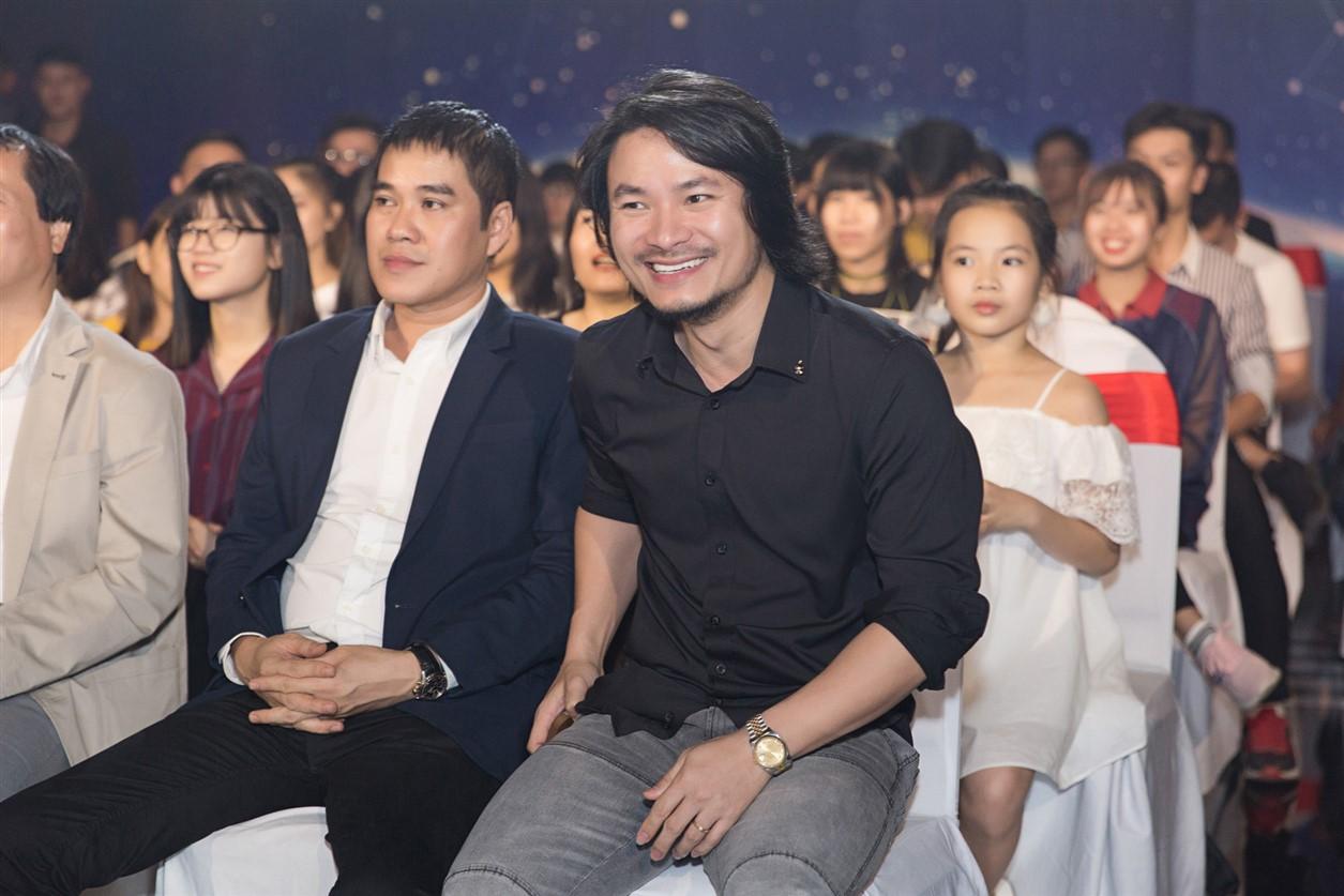 Đạo diễn Hoàng Nhật Nam làm giám khảo Ca sĩ thần tượng
