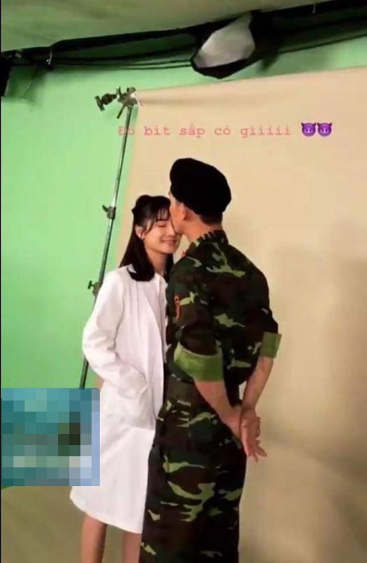 Hình ảnh rò rỉ khiến cư dân mạng tin chắc rằng Nhã Phương sẽ là người thay thế Song Hye Kyo trong phiên bản Hậu duệ mặt trời Việt Nam.