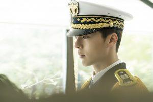 """Hãy quên Phó chủ tịch của Thư kí Kim đi, thiếu úy Chae Do Jin (""""Come and Hug Me"""") mới là cực phẩm"""