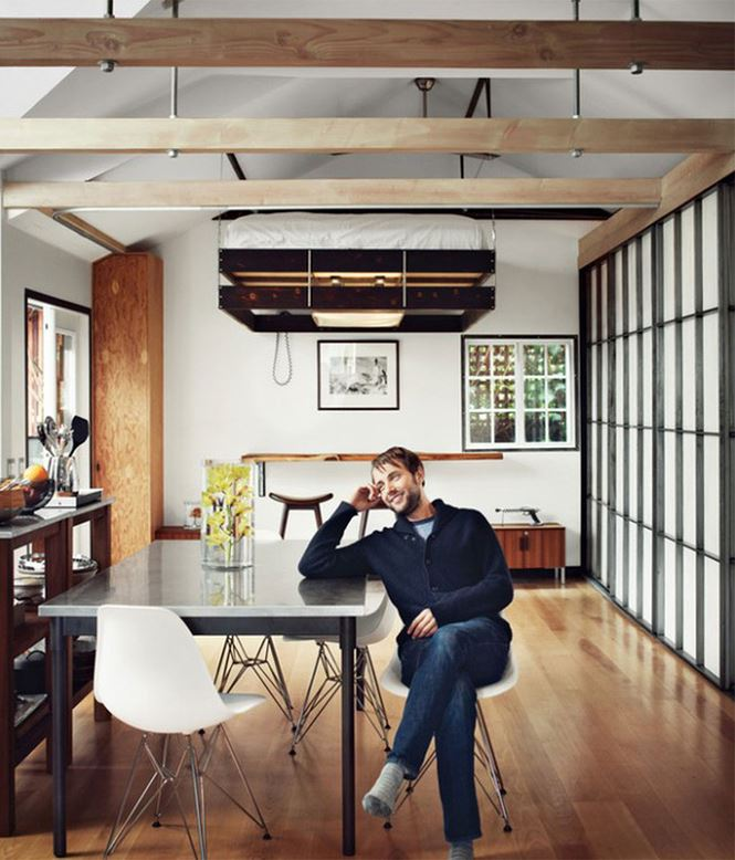 Giường thông minh sẽ giúp giải quyết vấn đề không gian trong ngôi nhà, căn hộ chật hẹp, tạo cảm giác thoải mái và tiện lợi.
