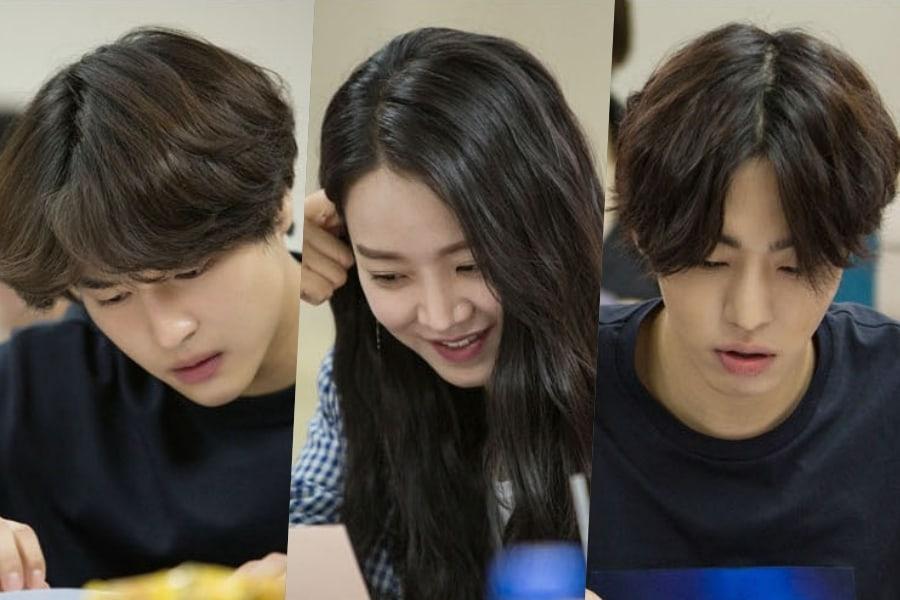 Bộ ba YangSe Jong, Shin Hye Sun và Ahn Hyo Seop trong buổi đọc kịch bản