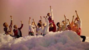 Seventeen trở lại với ca khúc chủ đề 'Oh My!' cực bắt tai