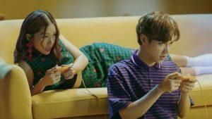 """Trộm yêu người ta, JSol lại gọi MV của mình là """"Cá voi bơi trên mây hồng"""""""