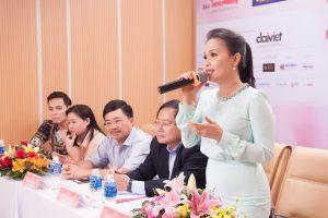 Cẩm Ly cùng chồng bất ngờ xuất hiện tại vòng sơ khảo tài năng của thí sinh Hoa hậu Việt Nam 2018