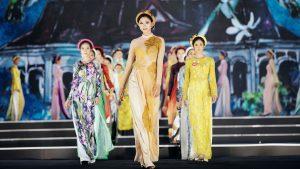 NTK Thủy Nguyễn thử thách thí sinh HHVN: Tươi nhưng không cười