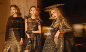 """CocoSin lần đầu kết hợp với siêu mẫu Jessica Minh Anh ra mắt BST mới """"Girls Run The World"""" tại Paris"""