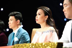 Cặp đôi vàng: Soi học trò cũ quá kỹ, Cẩm Ly bị Quang Linh nói khó tính