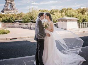 Những hình ảnh tình tứ gây 'sốt' của vợ chồng Á hậu Thanh Tú