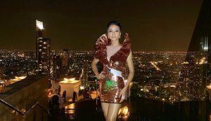 """""""Một mình một ngựa"""" diện váy ngắn, H'Hen Niê nhận cái kết bất ngờ tại Miss Universe"""