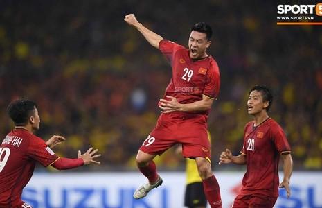 Nguyễn Huy Hùng – Người ghi bàn thắng mở tỉ số cho Việt Nam là 'nhân tố bí ẩn' được thầy Park 'ỉm hàng' hơi kĩ