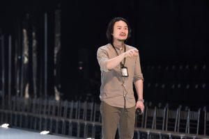 Tưởng chỉ mải mê làm show văn hóa – nghệ thuật, ai ngờ đạo diễn Hoàng Nhật Nam làm show thời trang đẹp đến nghẹt thở