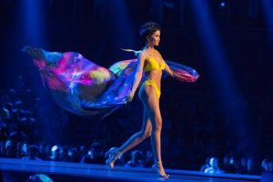 """Đeo cánh và catwalk cực thần thái, H'Hen Niê đã đủ """"trình"""" để góp mặt trong show diễn của Victoria's Secret?"""