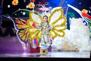 Thử tài siêu nhí: Bất ngờ với cô bé hát Hồ Quảng xinh như Hoa hậu