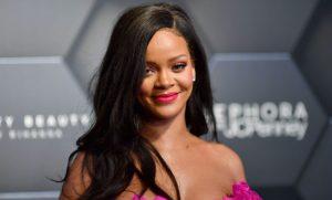 Rihanna xác nhận trở lại vào năm 2019, cộng đồng USUK được phen bấn loạn