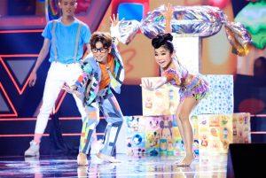 """Đại Nghĩa """"há hốc miệng"""" kinh ngạc với vũ điệu của học trò Huỳnh Mến"""