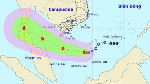 HOT: Bão số 1 giật cấp 10 cách Côn Đảo 450km, liên tục đổi hướng