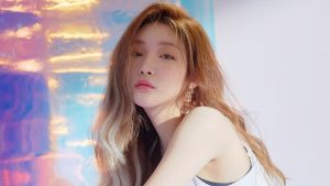 Chung Ha mở màn Kpop đầu năm quá đỉnh, chưa 1 ngày đã được hơn 2M views