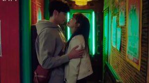 """Cứ mỗi đoạn tình cảm với Lee Na Young lại khiến người khác """"ôm tim"""", Lee Jong Suk có thêm một siêu phẩm nữa rồi"""