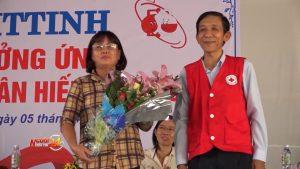 Gặp người phụ nữ nghèo 29 lần hiến máu cứu người