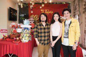 Đạo diễn Hoàng Nhật Nam và dàn sao Việt dâng hương giỗ Tổ nghề sân khấu