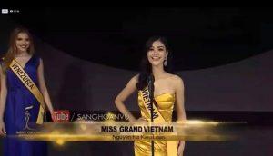 Xuất hiện cuối cùng, Kiều Loan catwalk như vedette tại họp báo Miss Grand International