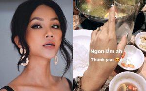 H'Hen Niê bất ngờ khoe nhẫn kim cương đeo ở vị trí đặc biệt sau khi lộ bằng chứng hẹn hò bạn thân Đen Vâu: Chuyện gì đây?