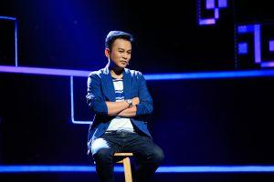 'Ông Năm' Hữu Quốc nghẹn ngào kể chuyện rửa bát, rời xa sân khấu 7 năm khi nhận danh hiệu NSƯT