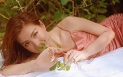 Á hậu Diễm Trang tung bộ ảnh thanh xuân mừng năm mới, 10 năm thanh xuân vẫn một vẻ đẹp