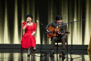 Nghệ sĩ Thanh Kim Huệ và nghệ sĩ Chí Tâm 'song kiếm hợp bích' hát Thành phố buồn