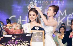 Đỗ Mỹ Linh trao vương miện cho Hoa khôi Miss FPTU Cần Thơ