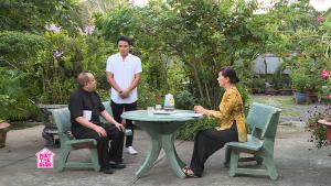 Phút thư giãn: Phương Dung choáng váng khi con trai Hữu Tín hiểu lầm lòng tốt của hàng xóm