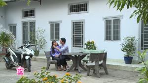 Phút thư giãn: Gia Linh tin tưởng trai đẹp Nguyễn Anh Tú bất chấp