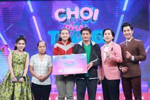 """""""Thánh ăn gian"""" Kim Tử Long tỏa sáng trong game show từ thiện, tặng thêm tiền cho nhân vật"""