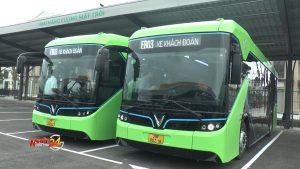 Cận cảnh xe buýt thông minh đầu tiên tại Việt Nam