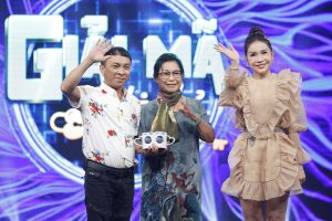 Nghệ sĩ Phương Dung khoe giọng hát ngọt ngào ở tuổi 74