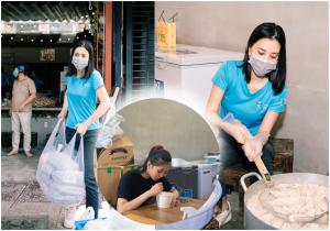 Hoa hậu Tiểu Vy mặt mộc cặm cụi ăn cơm, sau khi nấu và phát hơn 1000 suất ăn cho bà con nghèo